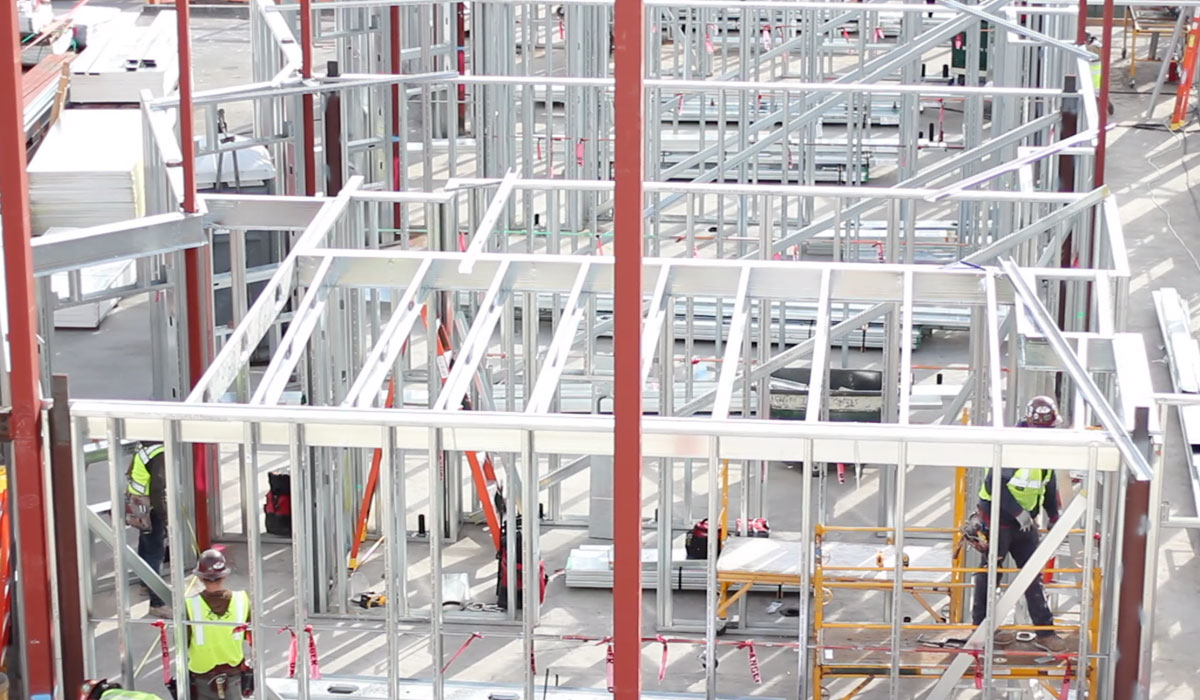 Hybrid structure engineering - Cold Form frame and High-Strength Steel
